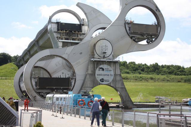 Schiffshebewerk Falkirk Wheel in Aktion